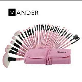 Brush Vander