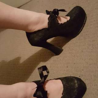 Gorgeous Gothic Shoes Perfect Condition Size 9