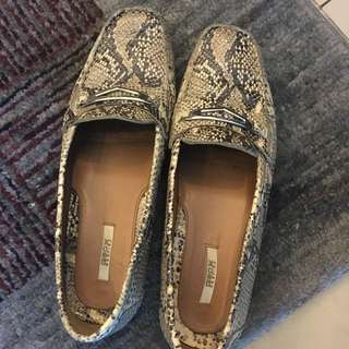 Pre Loved Geox Flat Shoes