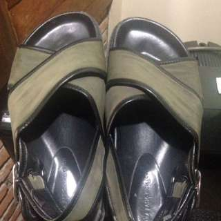 #bersihkanlemari Authentic Zara Sandals (unisex) #zara