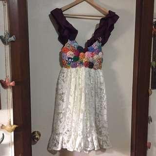 pretty dress similar to my sunday feeling