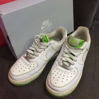 🚚 NIKE Air Force 1綠底