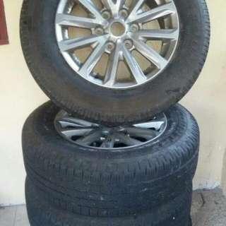 Original Mitsubishi Triton rim & Tyres