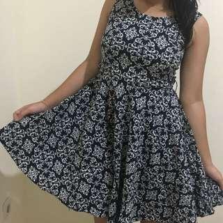motif dress