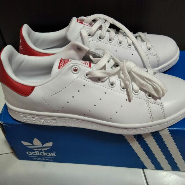 more photos 168d5 416bf Adidas Original Unisex White And Red Stan Smith Sneakers ...