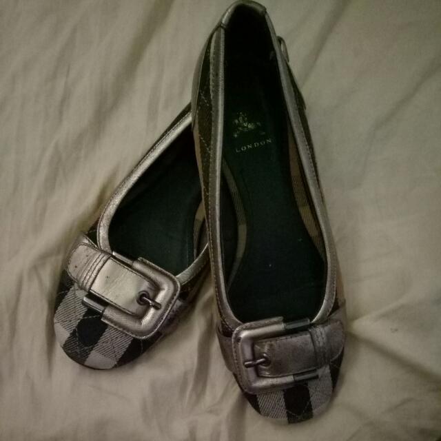 aunthetic not guaranted burberry dollshoes nabili ko din sa online.