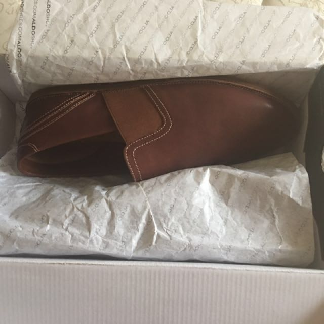 REDUCED Authentic Aldo brand new shoes.pikup from Cawthra and Dundas