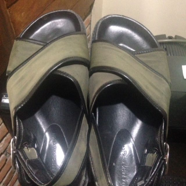 #bersihkanlemari Authentic Zara Sandals (unisex) #zara