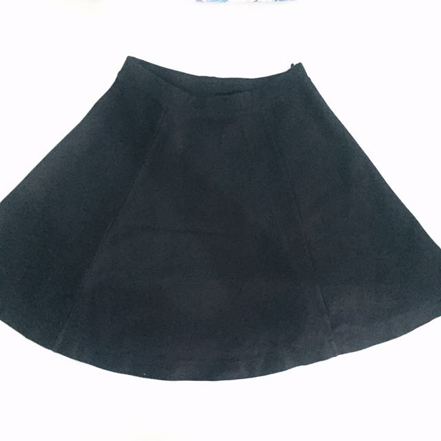 Black Skirts Uniqlo