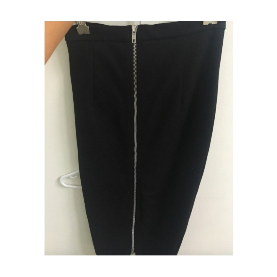Black zip midi skirt