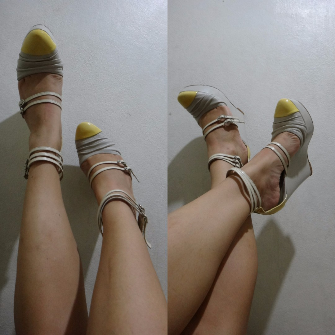 Bone and ivory multi-strap closed wedges