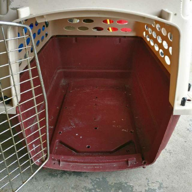 Dog Or Cat Crate / Cage For Small To Medium Sized Pets
