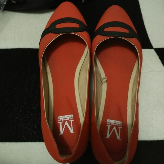 Donna by Modello Red shoes