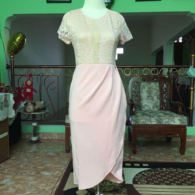 Dress Brukat Perempuan