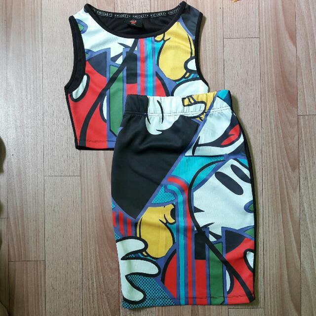 Folded & Hung Mickey Dress Coordinates