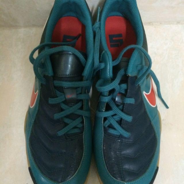 29dd87bed08 Futsal Nike 5 T3 8uk