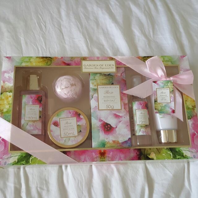 Garden Of Eden Bath Gift Set