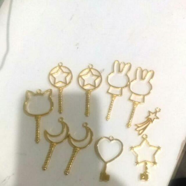 Gold Metal Bezel Charms
