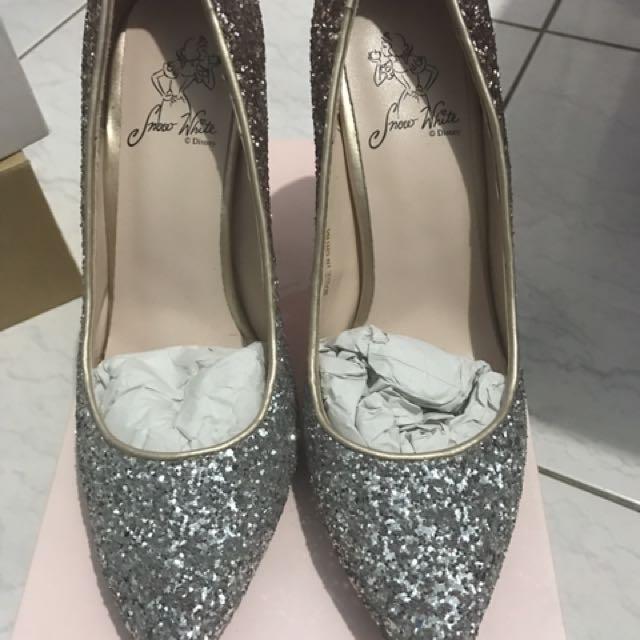 Grace gift  白雪公主漸層碎石跟鞋👠