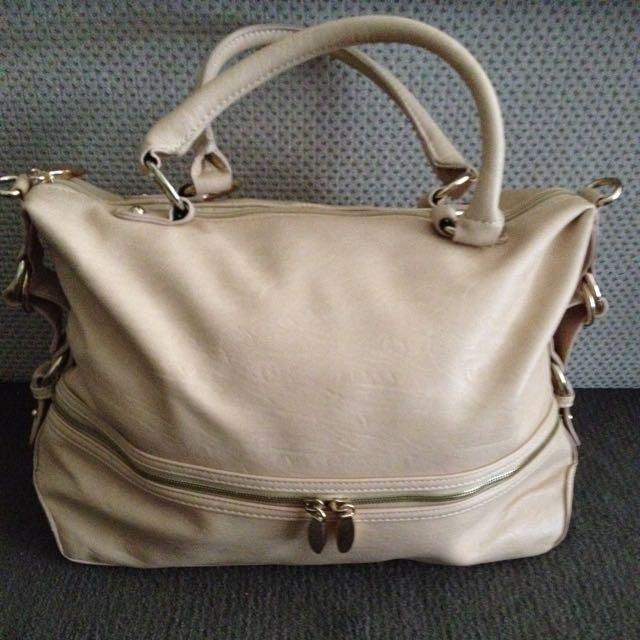handbag beige excellent condition