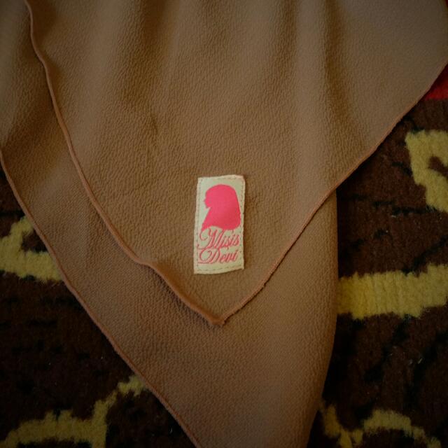 Hijab Segitiga Preloved