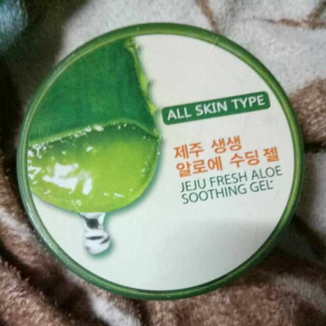 Jeju Freah Aloe Soothing Gel