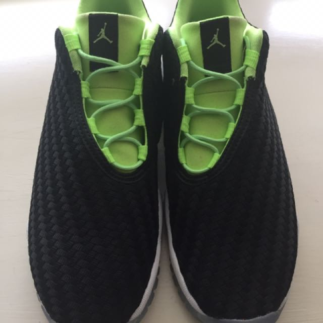 JORDAN FUTURE LOW SIZE 3.5Y