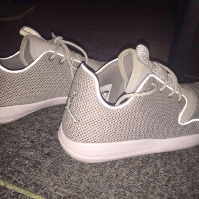 jordan shoes size US 6y,UK 5.5,EUR 38.5