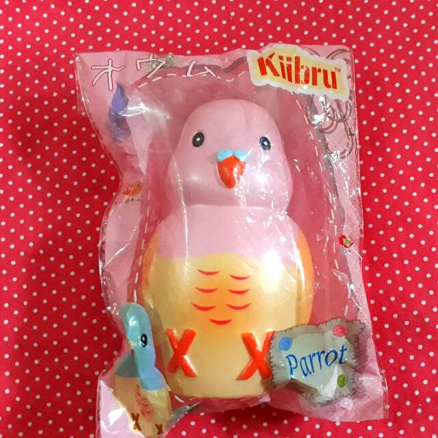 Kiibru Parrot Squishy