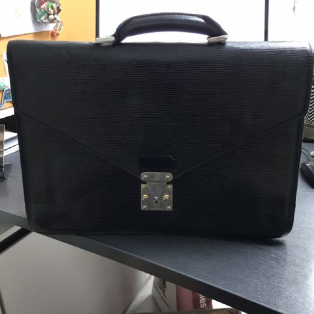 Louis Vuitton Black Epi Document Bag
