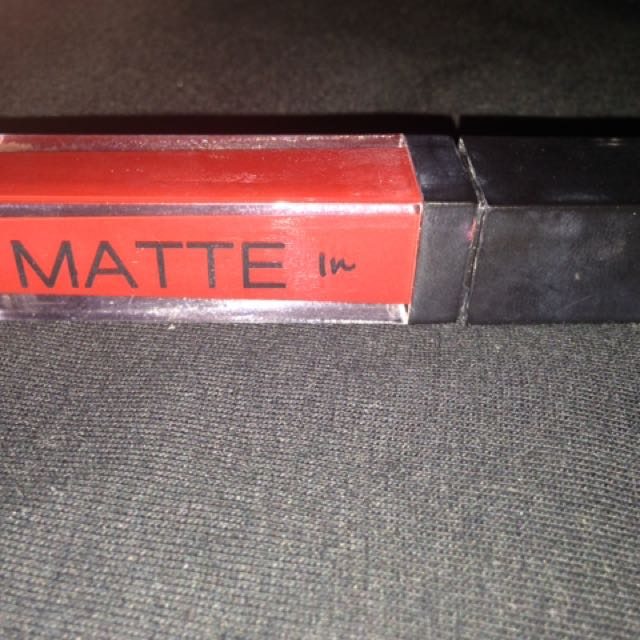 MATTE in Detail Liquid Lipstick