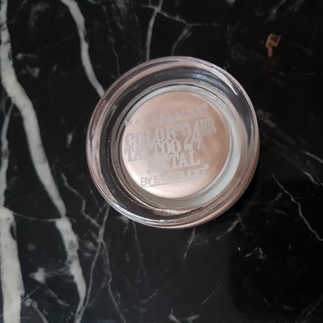 Maybelline Color Tattoo Creme Shadow In Barely Branded