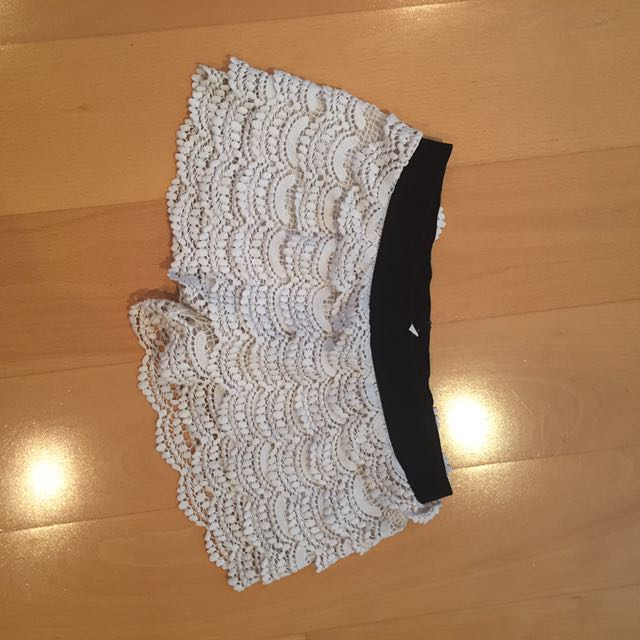 Miss Shop White Crochet Shorts