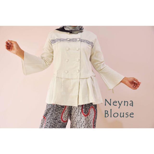 Neyna Blouse (Broken White) [swipe for more details]