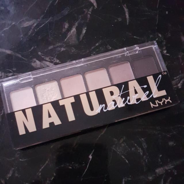 Nyx NATURAL Shadow Palette