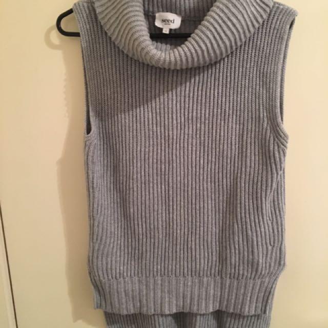 Seed Sleeveless Turtleneck Knit