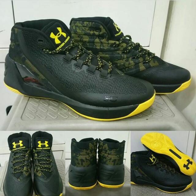 b649db7fe06f Sepatu Basket Under Armour Curry 3 High