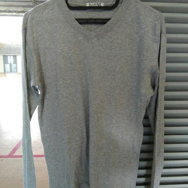 Sweater Panjang Abu
