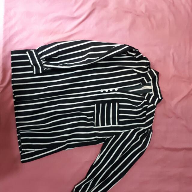 T Shirt Black & White