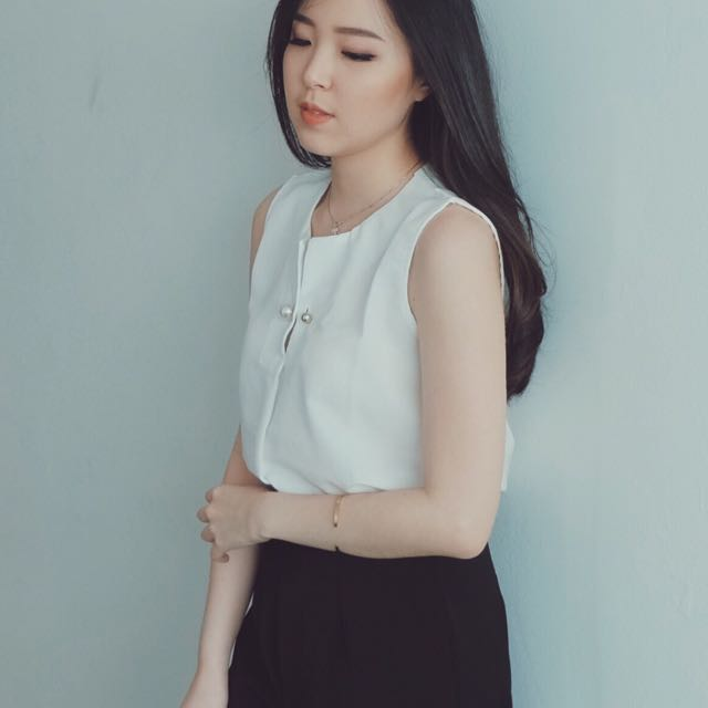 White Pearl Top
