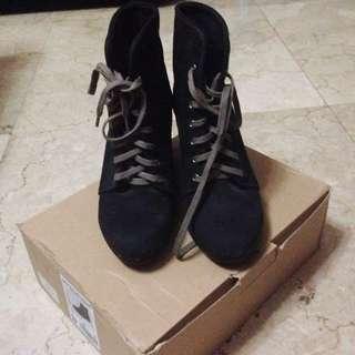 Bershka Navy Boots