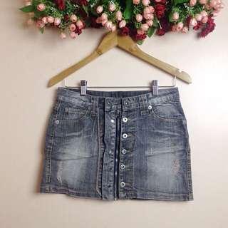 DM skirt 2