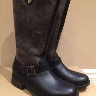 New-Ugg Leather Boots