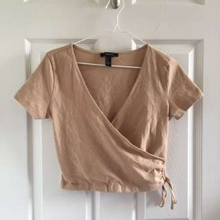F21 Deep-neck Cropped Top