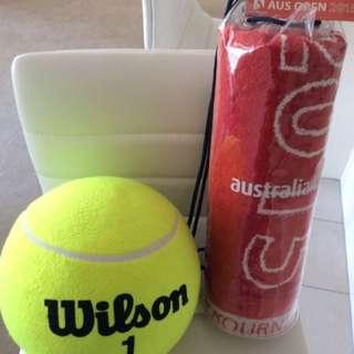 Australian Open Towel & Oversize Tennis Ball