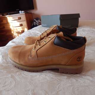Timberland Premium 6-inch mens boots, size 10 US, brand new in box