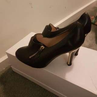 ROBERTS ROBERTS 10cm Heel Shoes