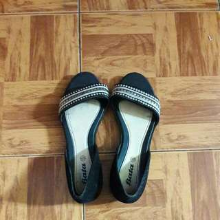 Sepatu Sandal Bata