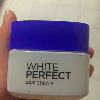 Loreal White Perdect Day Crem (Preloved)