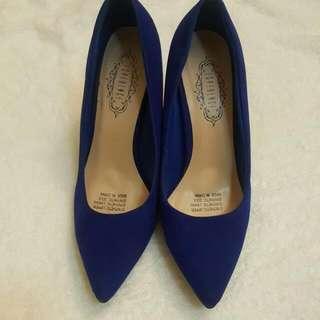 Brand new royal blue pointy pump high heel